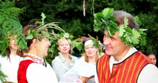Jāņu svinēšanas tradīcijas