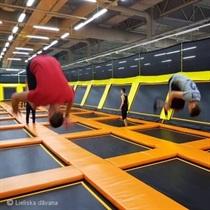 Развлечения в батутном парке «Jump Space» 2 перс.