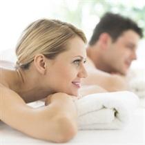 Romantiskā pērļu vanna un klasiskā masāža pārim