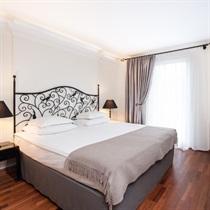 """Nakšņošana Tallinā diviem viesnīcā """"L'ermitage"""""""