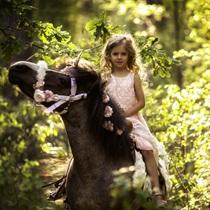 Īsts ponijs bērna svētkiem