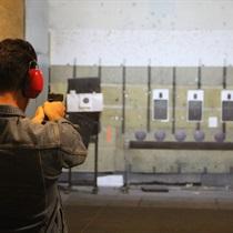 Profesionāla šaušana ar 10 kaujas ieročiem