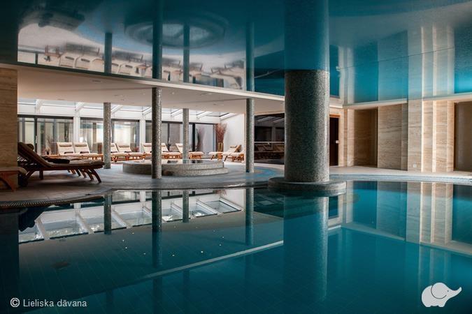 Одна ночь в гостинице и банный комплекс
