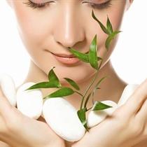 Atjaunojoša procedūra sejas ādai