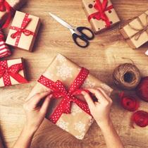 4 Dāvanu saiņošanas nodarbības