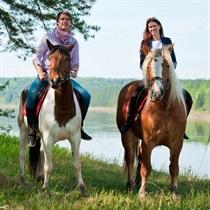 Сказочная прогулка на лошадях