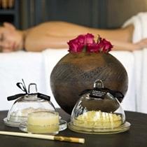 Релаксирующий массаж теплым согревающим имбирным маслом