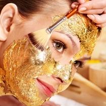 Kleopatras zelta maskas procedūra sejai